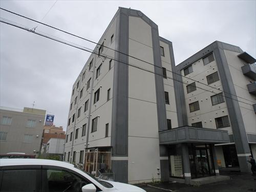 E2.8MS A棟の外観写真
