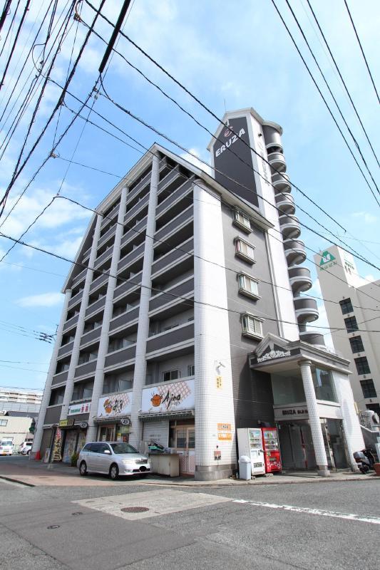 Kマンスリー香春口三萩野駅の外観写真